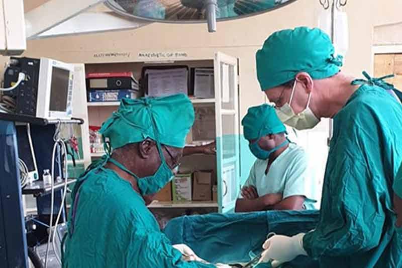 Chirurgie in den Tropen – Vortrag von Walter Kronenberg
